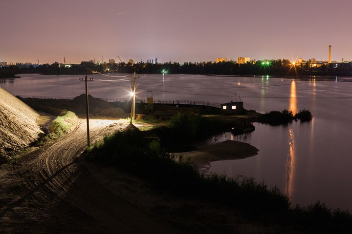 Night View Of The Lake 2 - Anton Popov