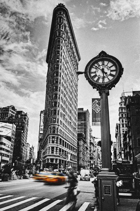 Flatiron Rush - Andrew Paranavitana Photography