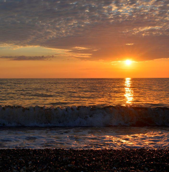 Sunset in the sea - Iren Darque