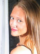 Kristen English, Artist