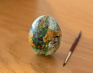 Van Gogh water-color painted egg