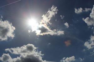 Peeking Sun (light) - Luis Falcon Gallery