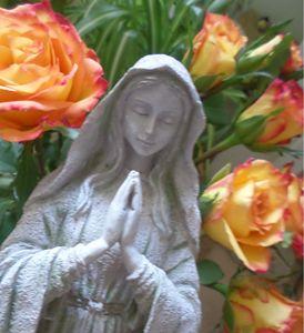 Mother Mary Roses - MysticOmorose