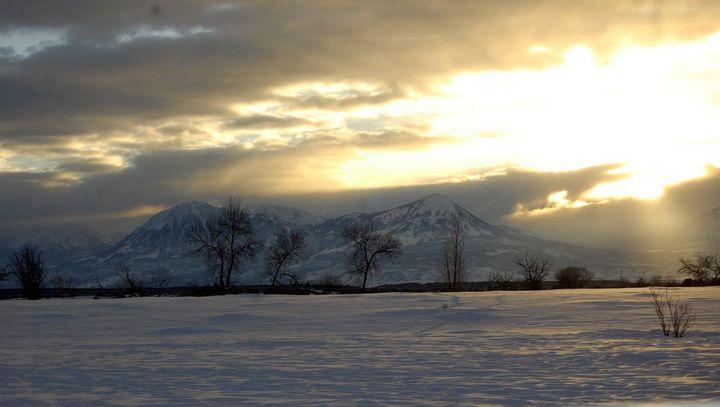 Elk Mountain Snowy morning - Blue Blue Sky Creations