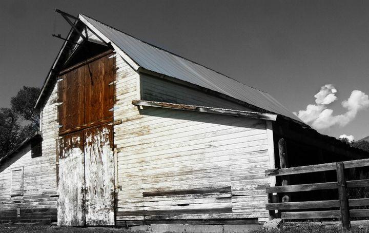 Whitewashed Old Barn - CalicoPony Creations