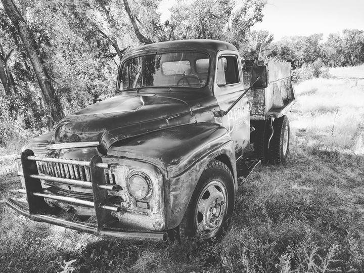 Vintage truck - Blue Blue Sky Creations