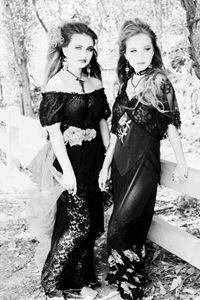 *Gothic Lace* - Julietsdream