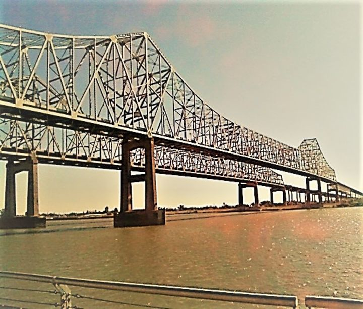 Bridge to New Orleans - ulyspolarbear
