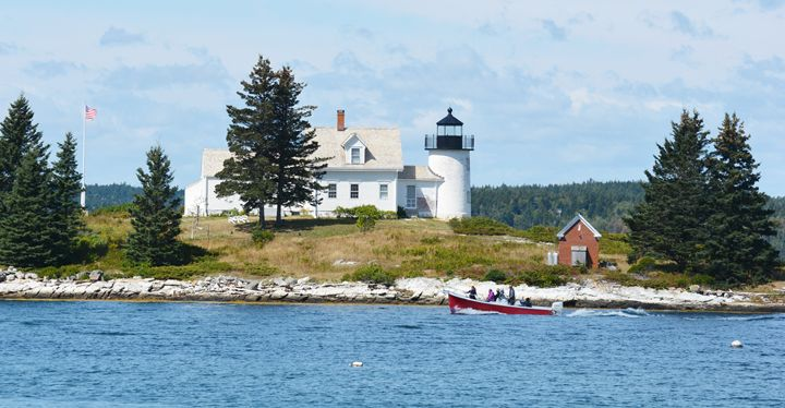 Pumpkin Island Lighthouse - NatureBabe Photos