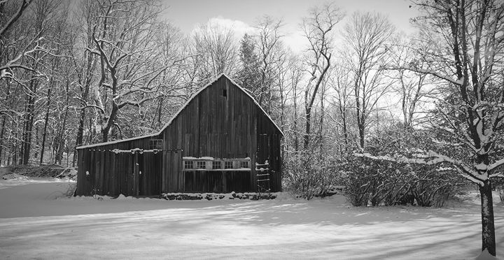 Rustic Barn in the Snow - NatureBabe Photos