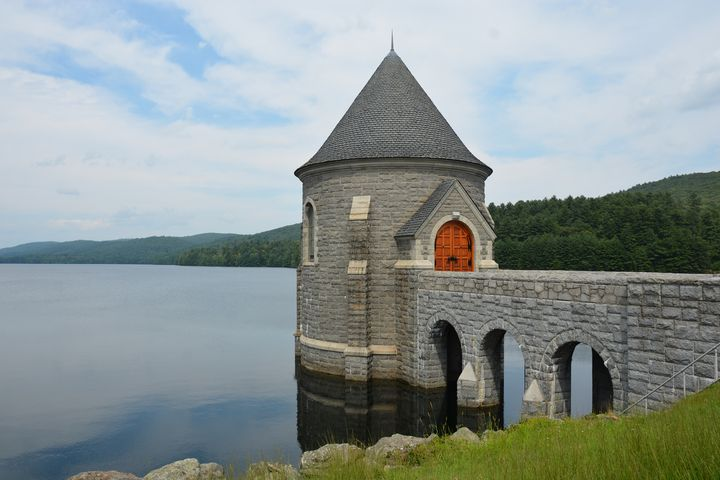 Saville Dam Gatehouse - NatureBabe Photos