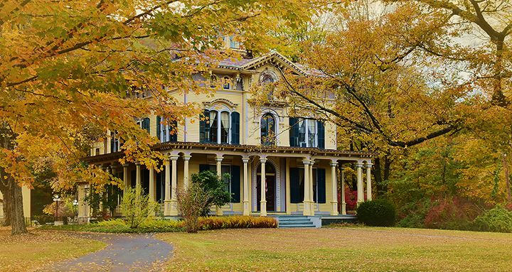 Charming Victorian Home - NatureBabe Photos