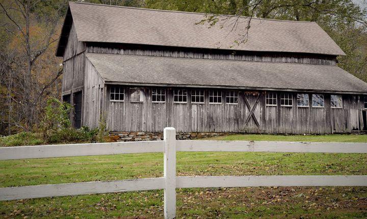Carmel Hill Barn - NatureBabe Photos