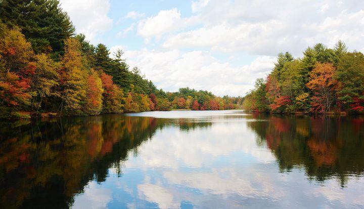 Lake Elise in Fall - NatureBabe Photos