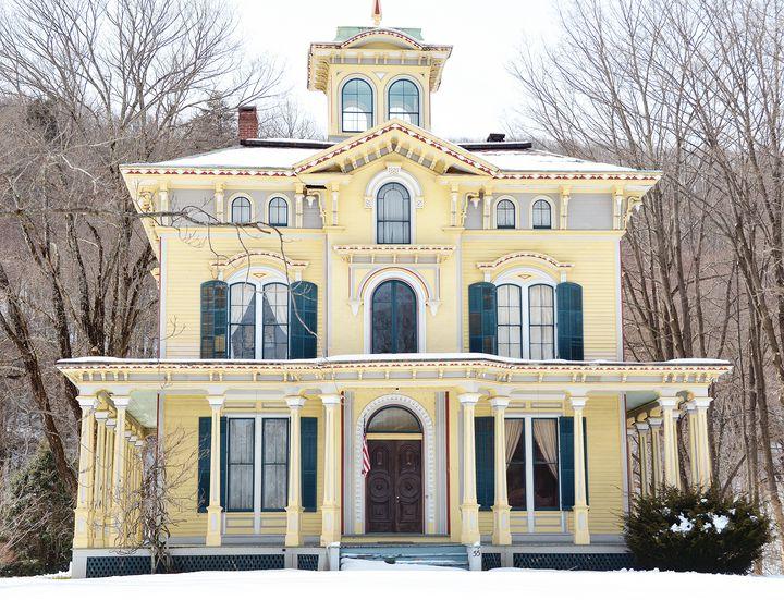 Historic Connecticut Home - NatureBabe Photos