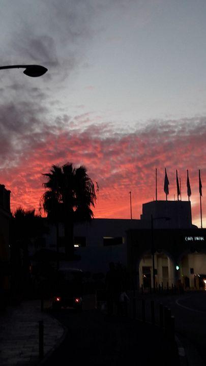 Pink sun - Saba