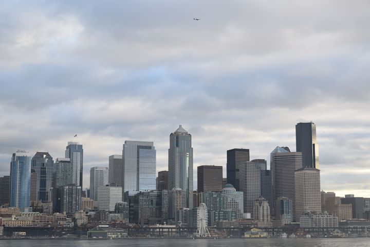 Seattle waterfront skyline - Ngtimages
