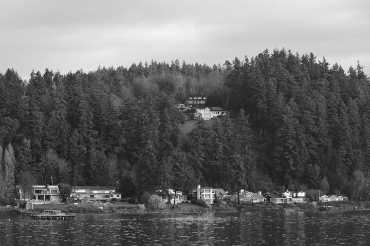 Lake Houses - Ngtimages