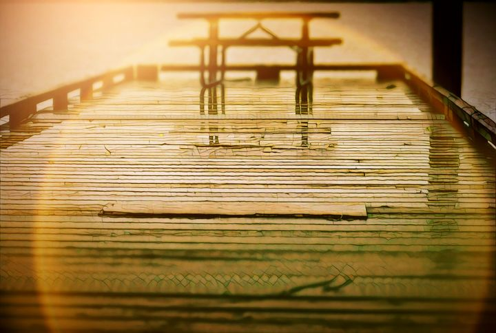 Picnic table 2 - Ngtimages