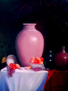 Vase with fruits