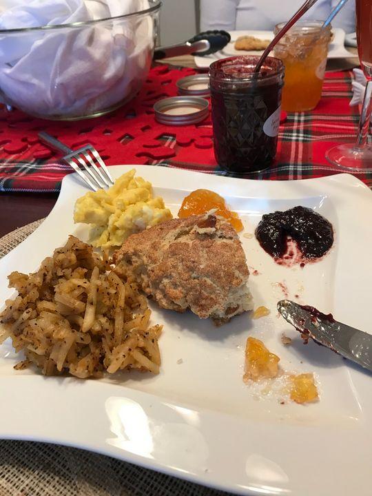 Breakfast on Christmas Day - toksdesign