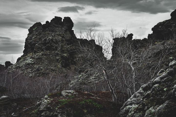Crags of Dimmuborgir - Heretic's Gallery