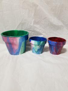 3 terracotta pots acrylic pour