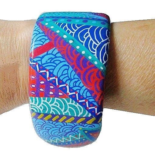 cuff bracelet, blue , handpainted, - voicivoilà