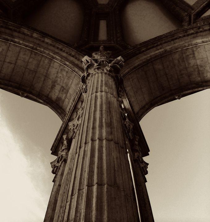 Ionic Column - B's Fine Arts