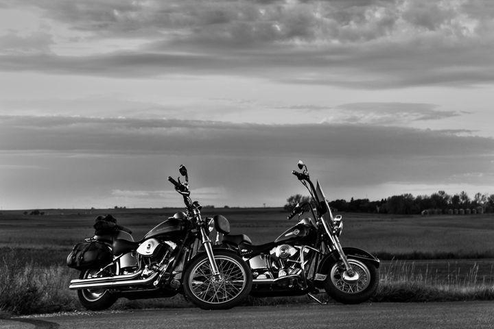 Monochromatic Motorcycles - Kruse Otto