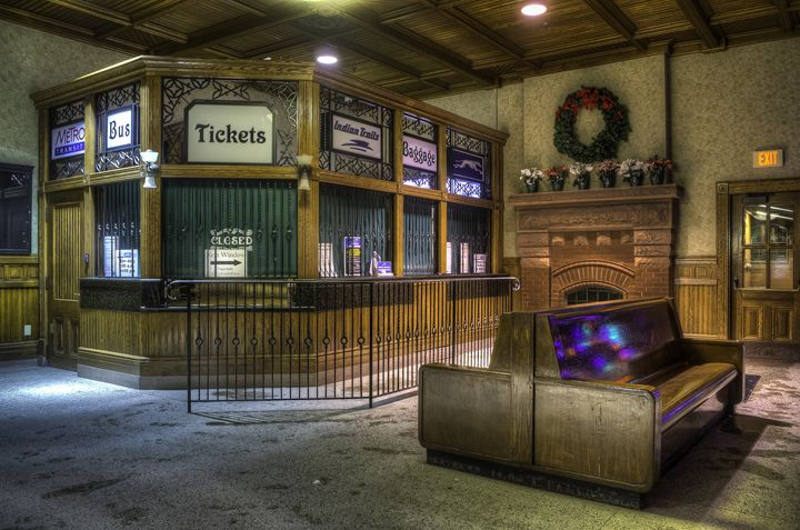 Ticket Counter - Kazoo in HDR