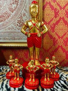 Unique Golden Statues.