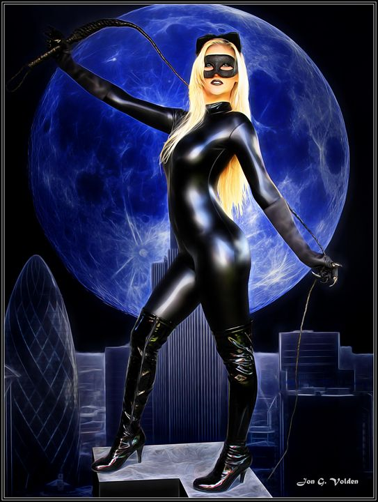 Cat Woman over Gotham - DunJon Fantasy Art