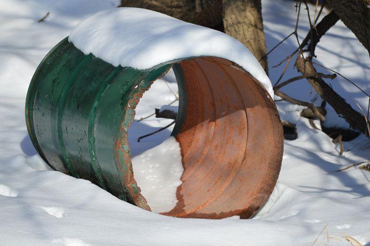 Snow Barrell - Art by Indigo