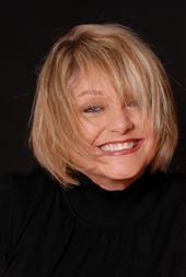 Ruth Bowen Professional Artist