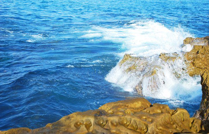 Sea to Cliff - Alyssa Evans