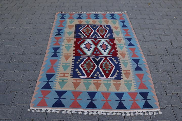 vintage anatolian kilim rug - Geostoria