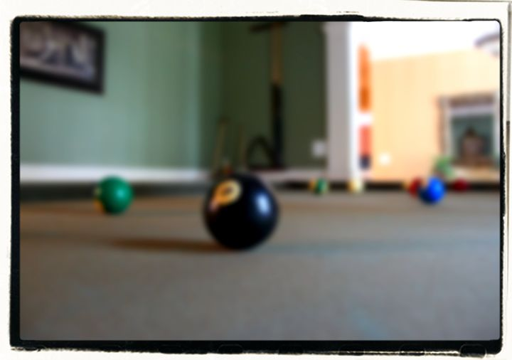 Eight Ball - EricBuechel.Net