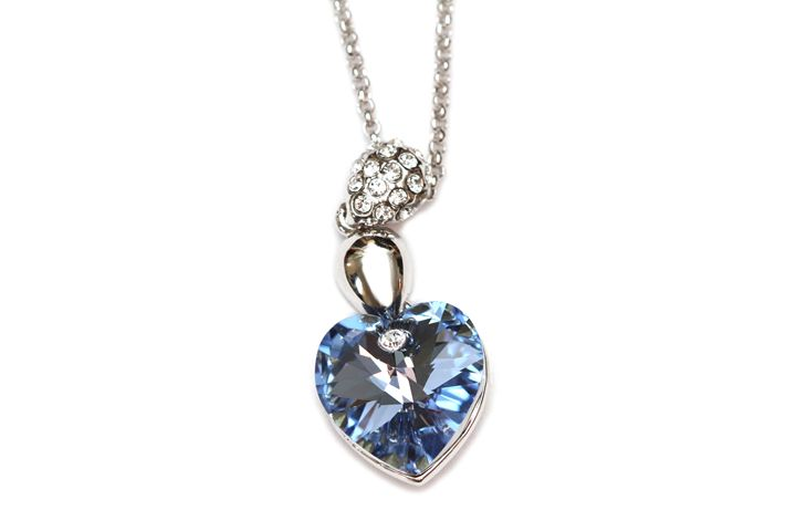 Sapphire necklace - Alvin Wong Photography Gallery