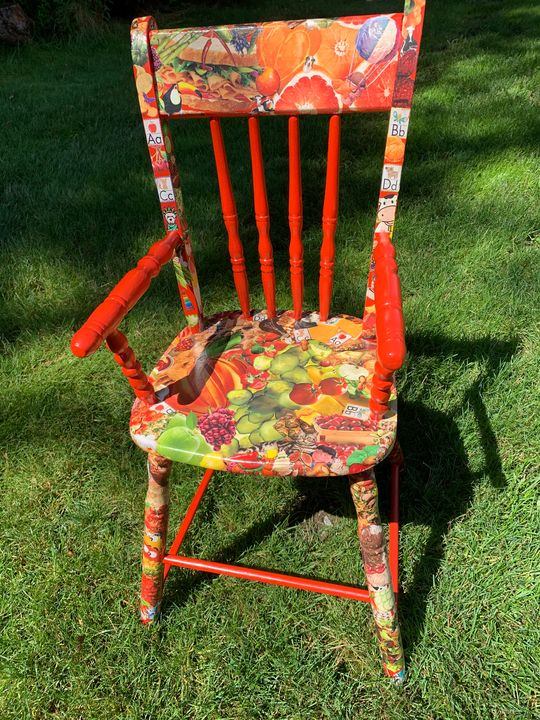 Vintage High Chair/Youth Chair - GG'sExclusive