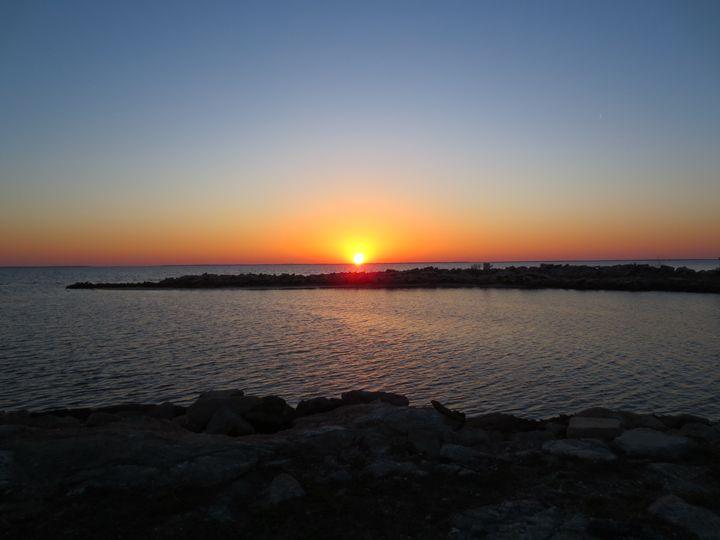 jetty sunset - Jessica Free
