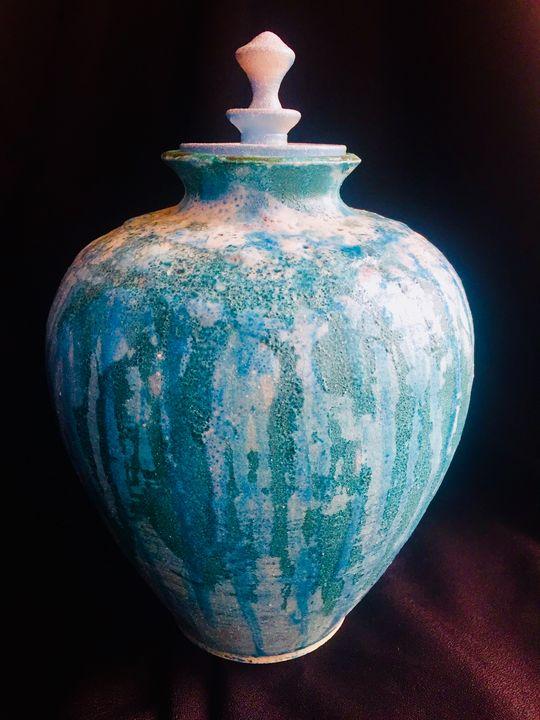 Porcelain Hand Thrown Pot in Raku - www.derryllb.com