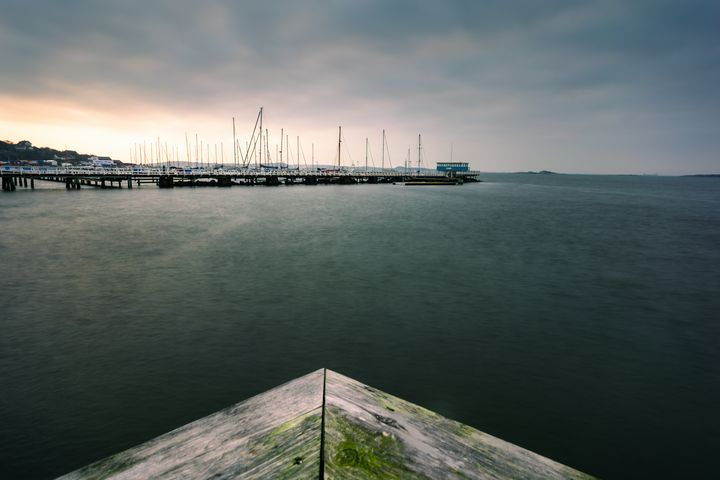 Saltholmen shipyard during evening - joisbalu