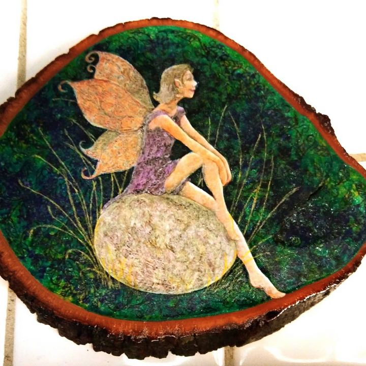 Egg fairy - Marie Hammond Art