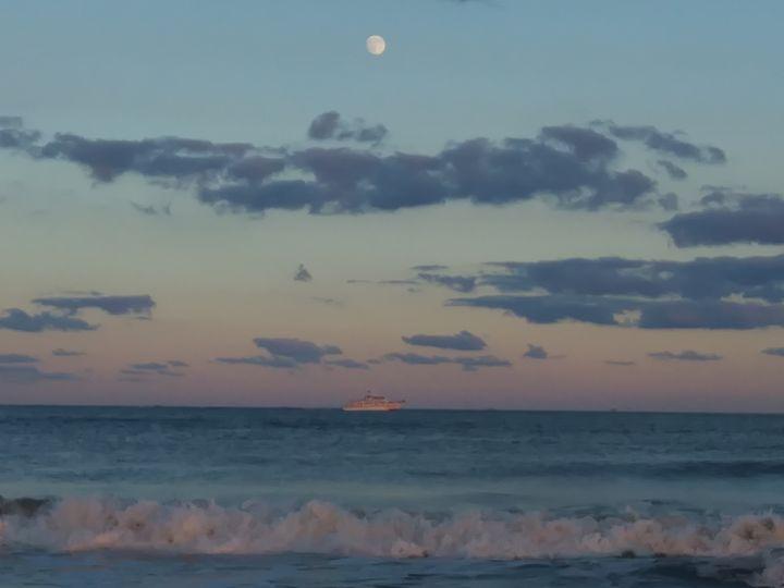 Moonlit Cruise - Sarah Hudson