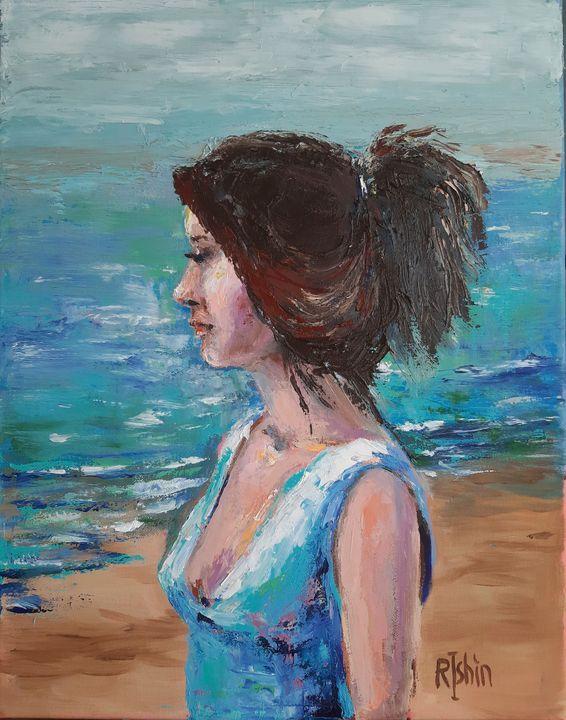 Girl and sea - Regina Ishina