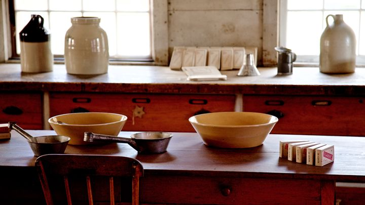19th Century Shaker Kitchen - Cantor Photography