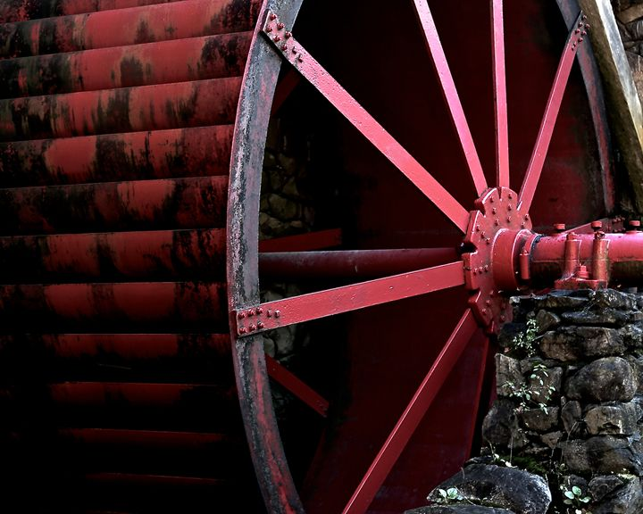 Paddle Wheel I - Cantor Photography