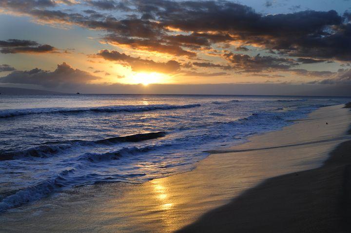 Ocean sunrise - Natalia Volovod Photography