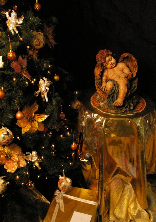Christmas Tree and Sleeping Angel - mijodo asian gallery